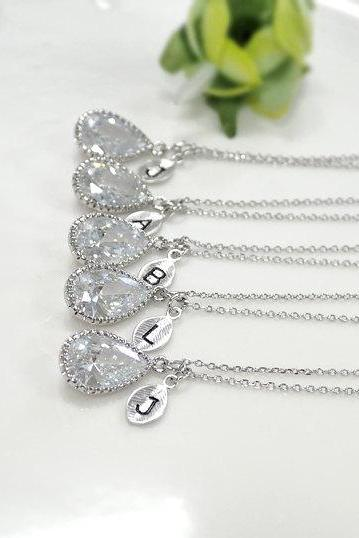 Bridesmaid gifts - Set of 5,6,7 Personalized necklace, cubic zirconia necklace,wedding jewelry,initial necklace, clear crystal necklace