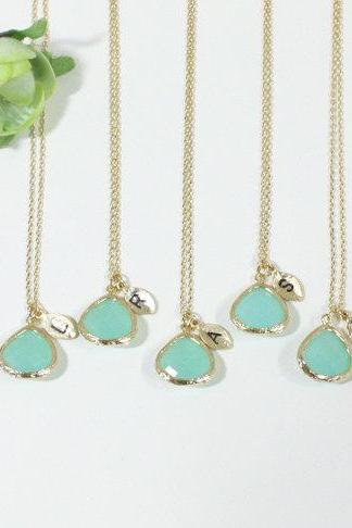 Bridesmaid gifts - Set of 7- Leaf initial, Mint crystal pendant necklace, stone in bezel, Initial necklace